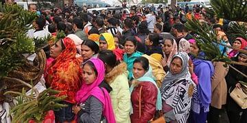 আগাম যাচ্ছে ৬০০ কোটি টাকা, বাংলাদেশের 'ভ্যাকসিন ভাগ্য' ভারতের হাতে! - Bongo Mirror