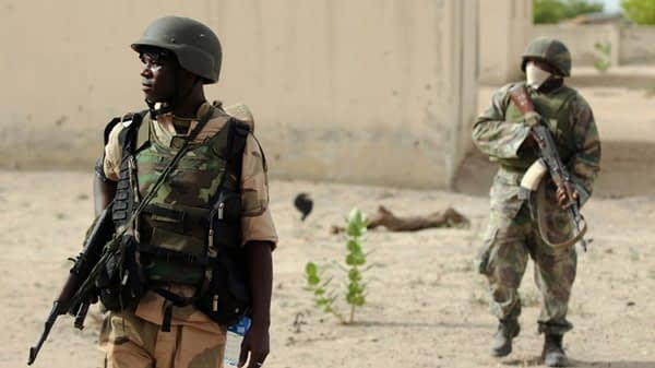 নাইজেরিয়ায় সন্ত্রাসী-সেনা সংঘর্ষে নিহত ১০ - Bongo Mirror