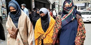 পটুয়াখালীতে 'দুই সমকামী' নারী আটক - Bongo Mirror